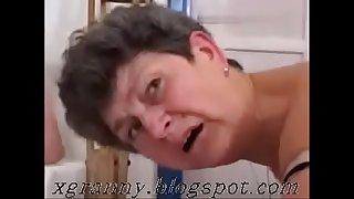 Grey grandma double penetration