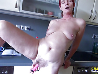 OldNanny Pissing and toying at home