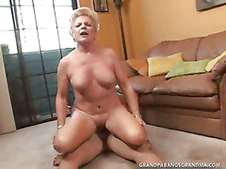BBW Granny Champagne Big Dicked In Her Smoothly Shaved Pussy