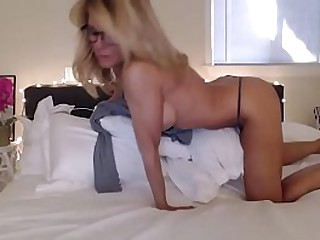 ariane anderson   granny blonde camshow