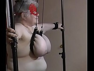 """Granny Udder t. - The full video from the side including some sort of """"behind the scenes chatter""""... slave esclave soumise"""