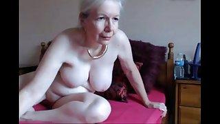 hot UK granny orgasm-livetaboocams.com